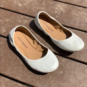 Lucky Brand white leather Emmie flats